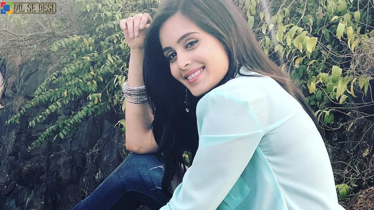 Rhea Sharma Biography in Hindi
