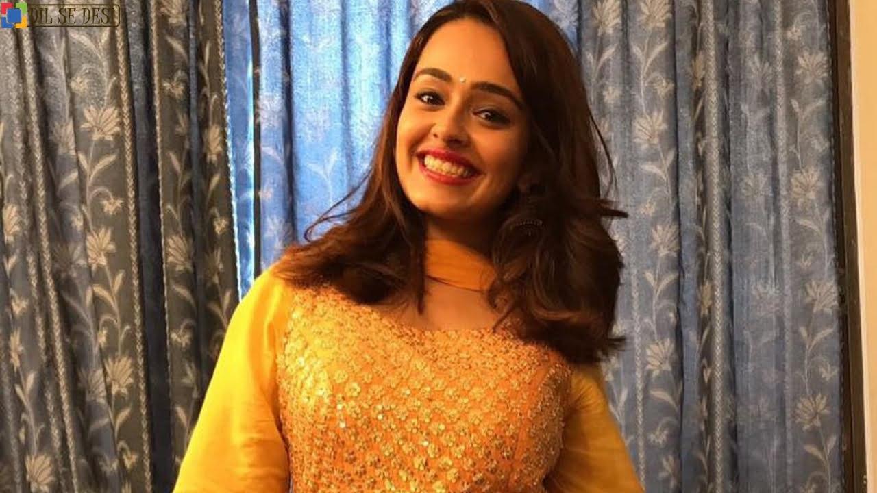 Apoorva Arora Biography in Hindi
