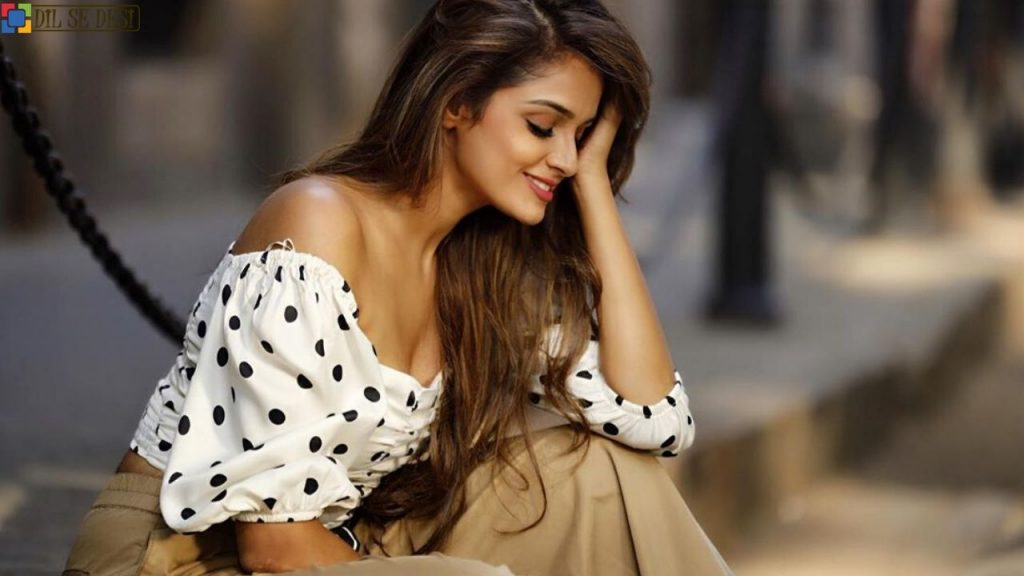 Asmita Sood (Actress) Biography in Hindi (1)