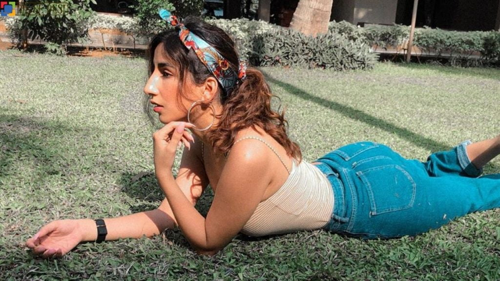 Parul Gulati (Actress) Biography in Hindi (1)