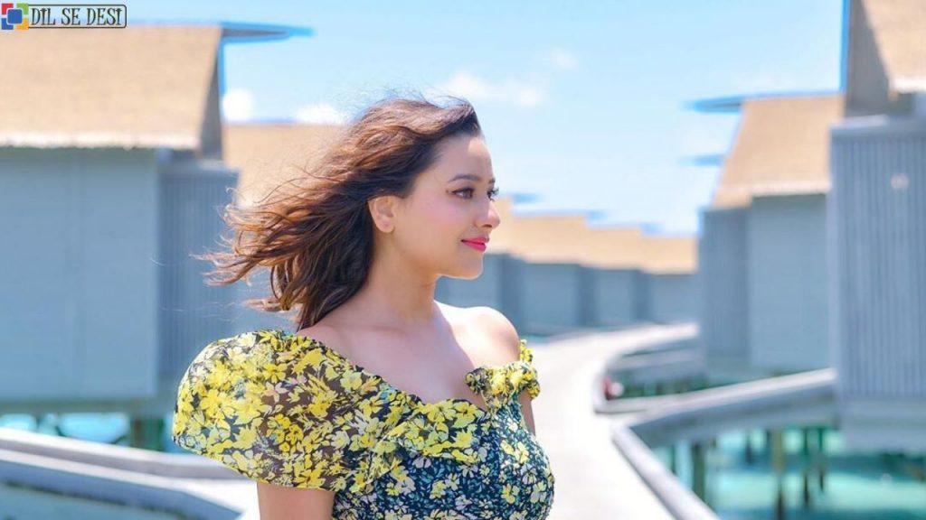 Madalsa Sharma (Actress) Biography in Hindi (1)