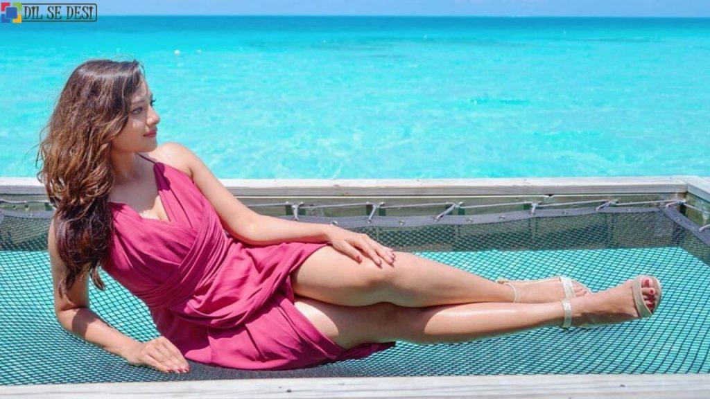 Madalsa Sharma (Actress) Biography in Hindi (2)