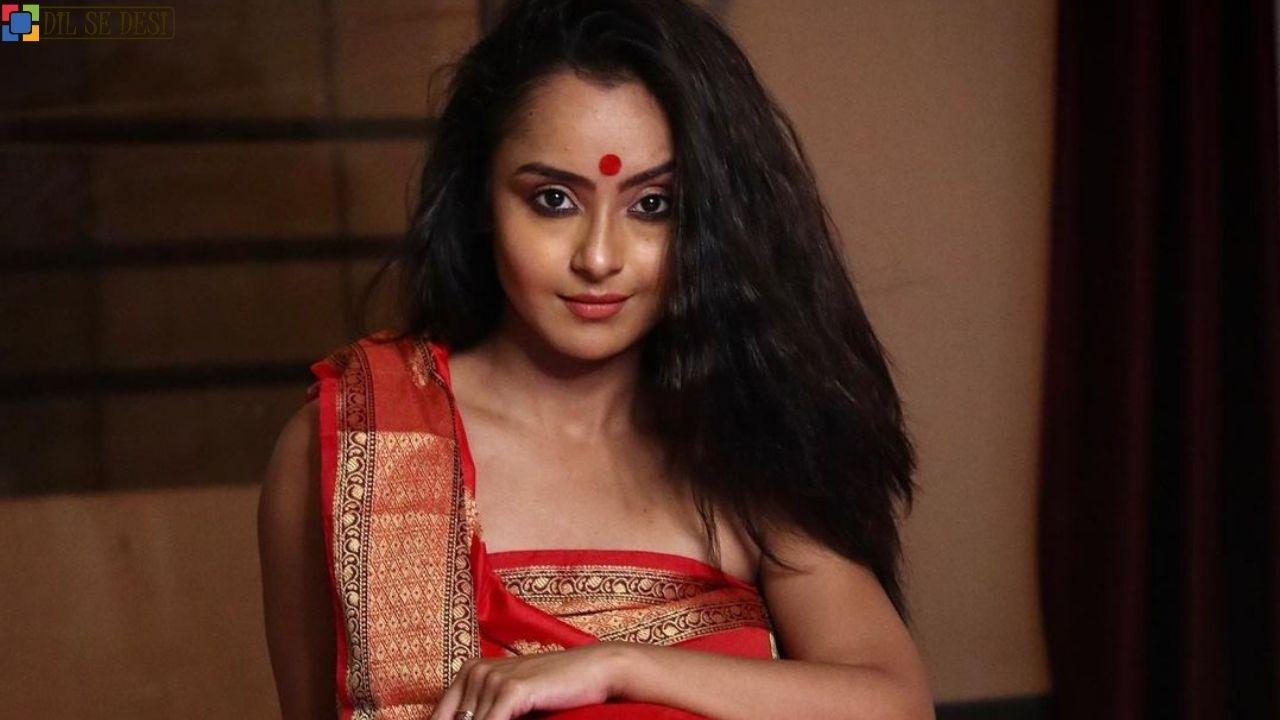 Ishita Ganguly (Actress)